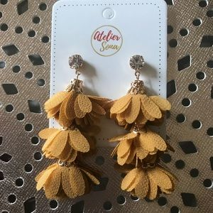 Jewelry - Flower Tassel Earrings